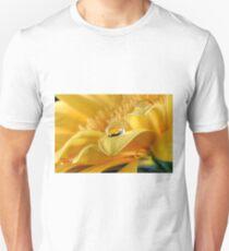 Gerbera's Drop of Life T-Shirt