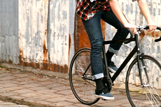 Fixie cycling in Melbourne by PhilMi