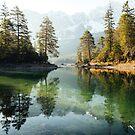 Reflexion am Eibsee in Bayern, Deutschland von marinaweishaupt