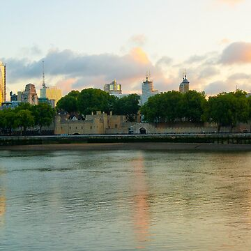 The Cityscape Sunrise: London, UK. by DonDavisUK
