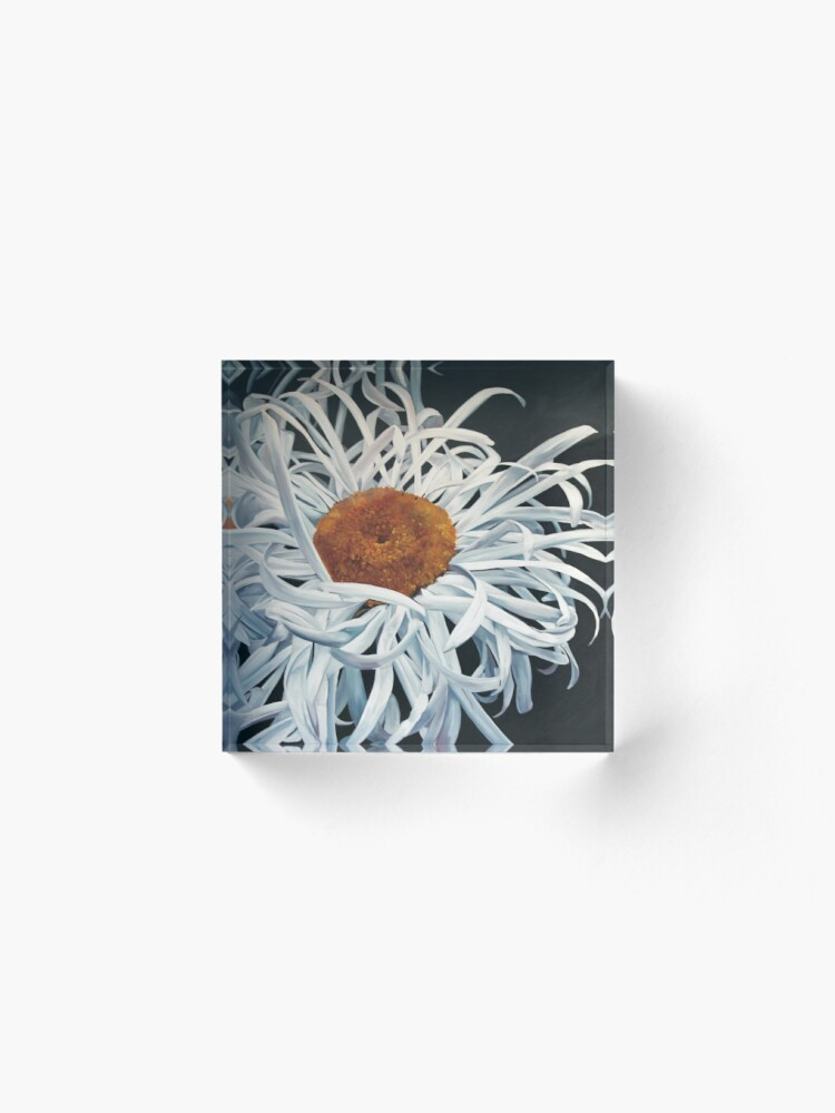 Alternate view of Hairy Daisy Hi Res Acrylic Block