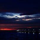 Pier bei Nacht ... von Angelika  Vogel