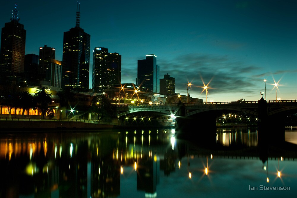 Melbourne Skyline and Princes Bridge by Ian Stevenson