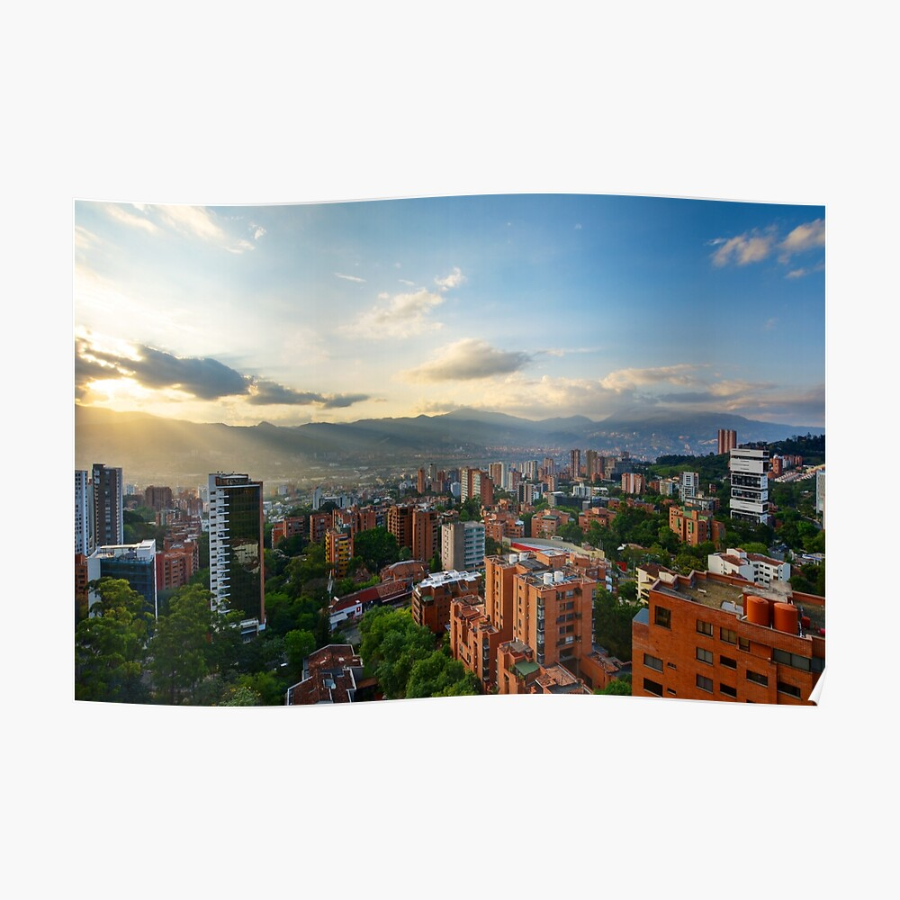 Medellin an einem sonnigen Nachmittag Poster