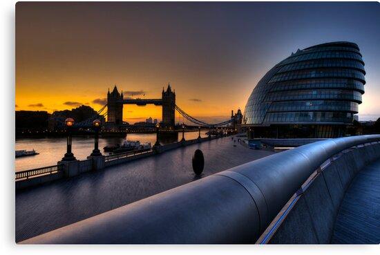 Southbank Sunrise: London, UK by DonDavisUK