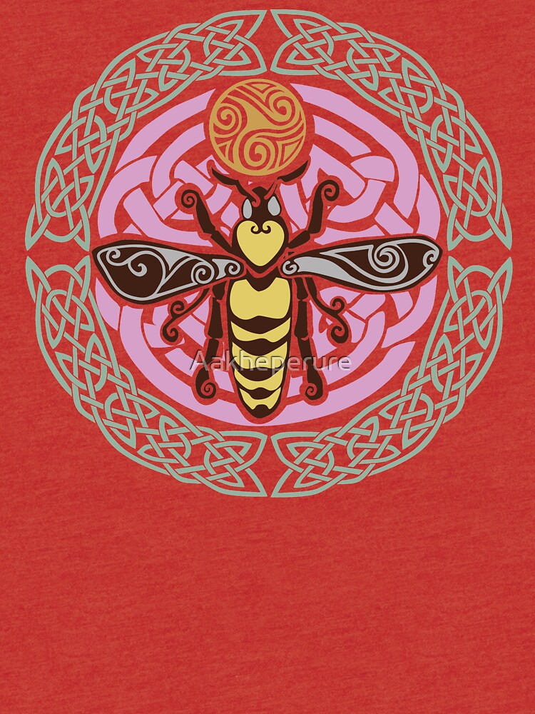 I am the Queen: of every hive by Aakheperure