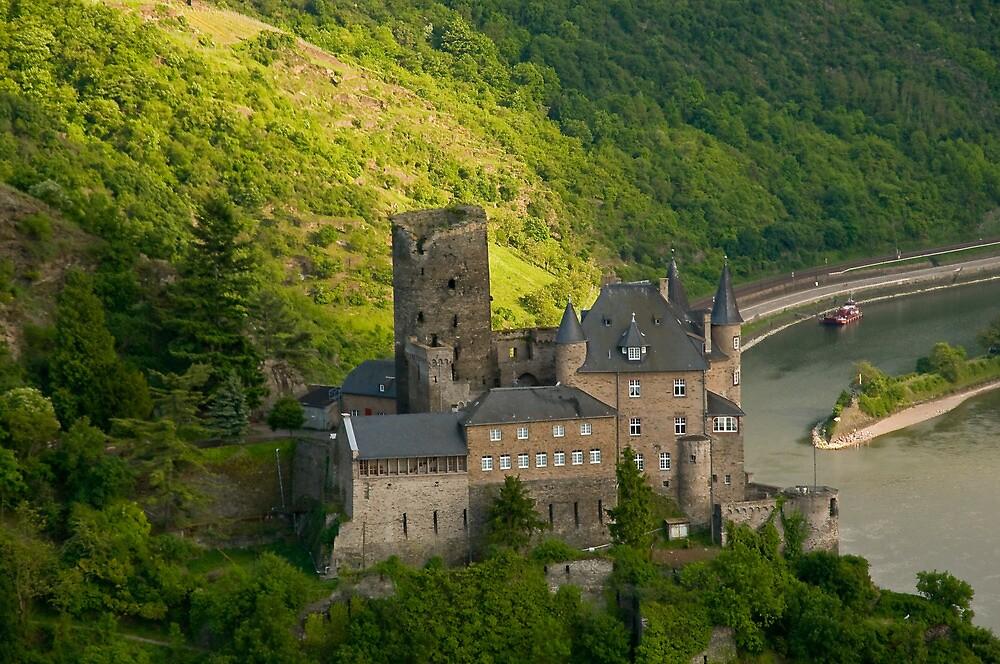 Burg Katz am Rhein by Quasebart