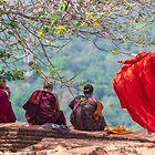 Windiger Reflexions-Sigiriya-Felsen von JohnKarmouche