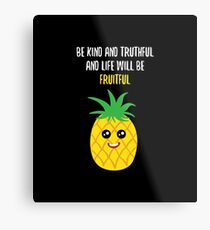 Pineapple Shirt Be Kind And Truthful Pineapple Gift Tee Metallbild
