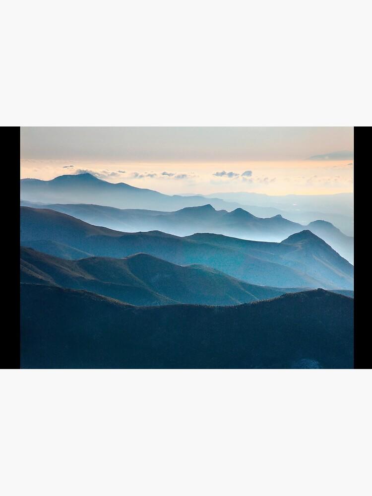 The Asteroussia mountain range by Cretense72