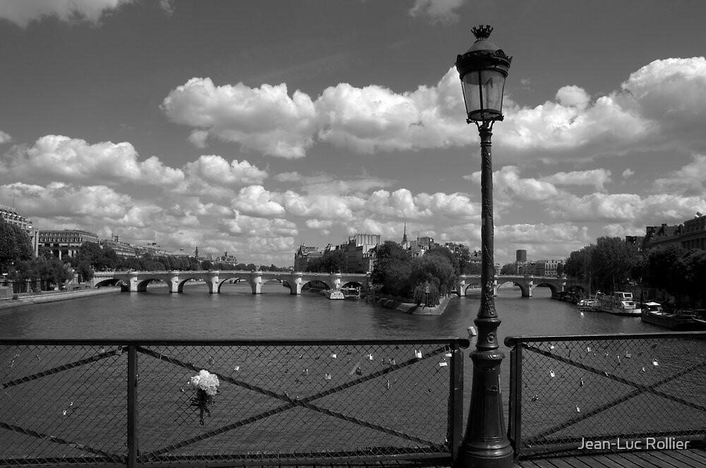 Paris - The bouquet. by Jean-Luc Rollier