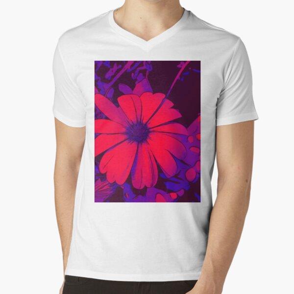 Red-lilac floral motif WelikeFlowers V-Neck T-Shirt