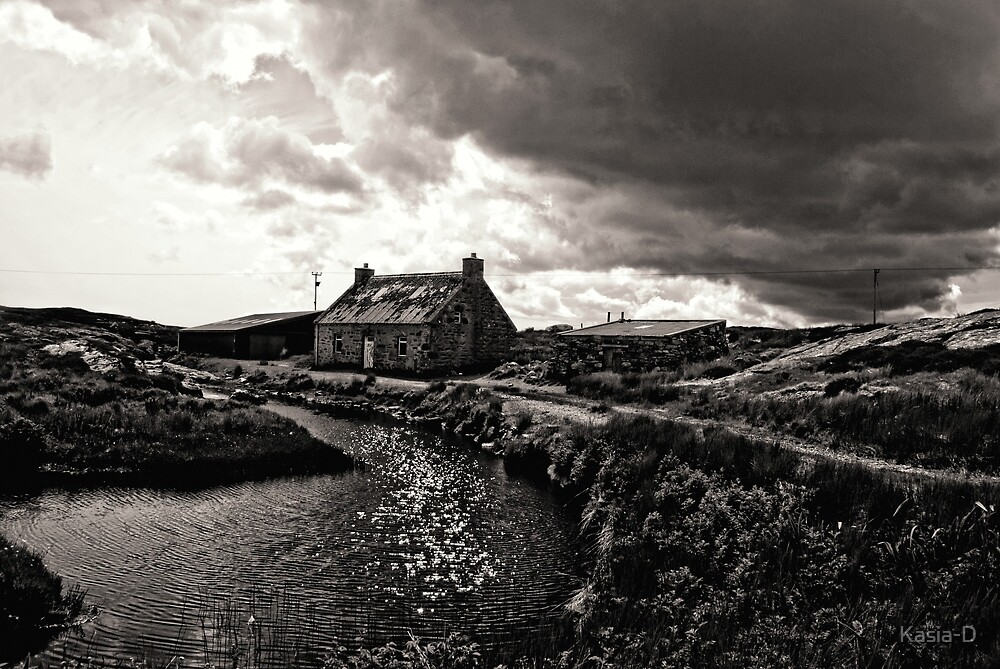 Lonely House by Kasia-D