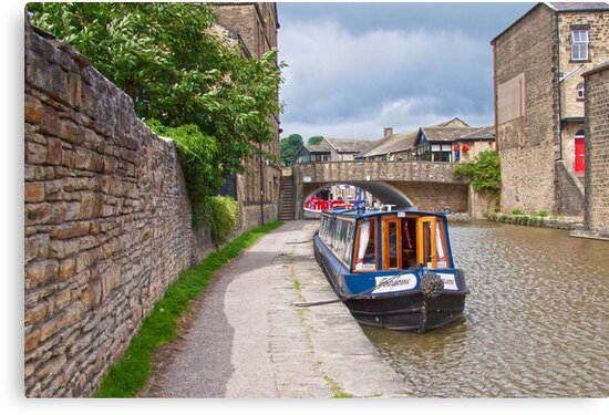 Skipton Canal by Ray Clarke