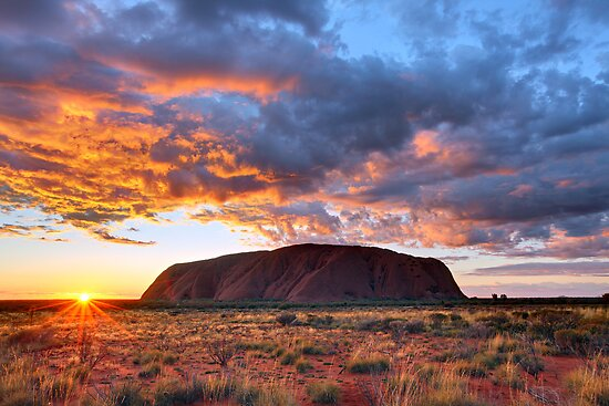 Kết quả hình ảnh cho sunrise uluru australia