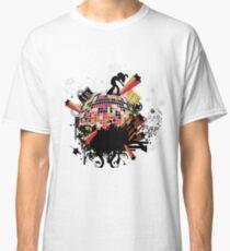 world on my tee t-shirt Classic T-Shirt