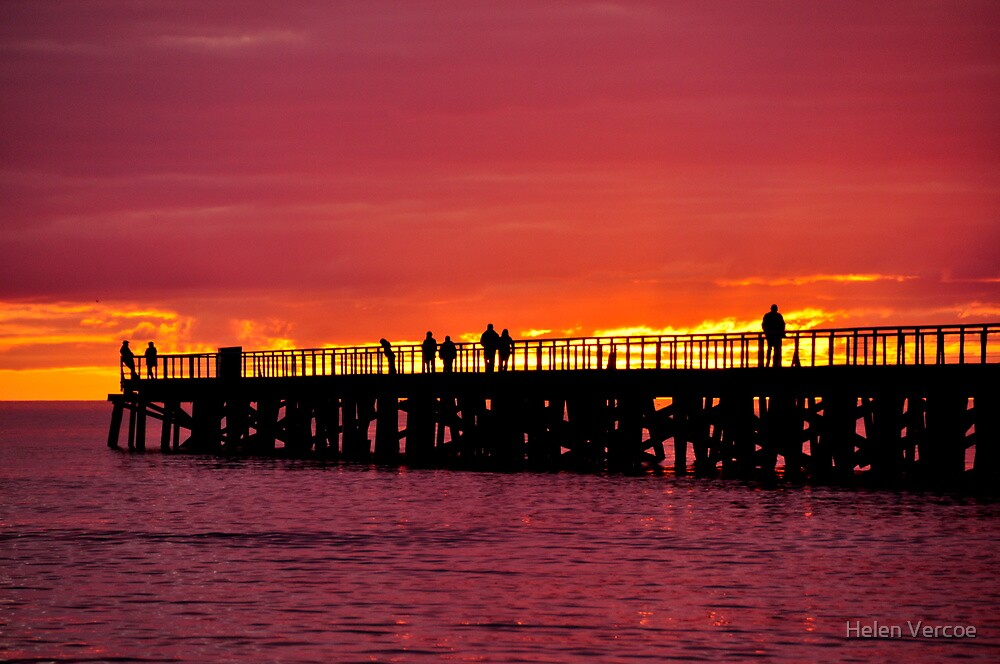 Pink Sunset  by Helen Vercoe