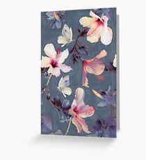 Schmetterlinge und Hibiskus-Blumen - ein gemaltes Muster Grußkarte
