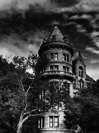 Gotham City house by Andrea Rapisarda