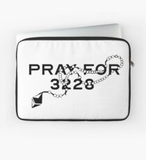 Pray for 3228 Laptop Sleeve