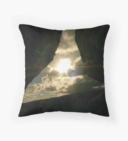 Sunshine peep Throw Pillow
