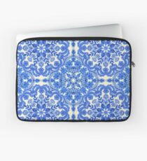 Kobaltblau und China White Folk Art Pattern Laptoptasche