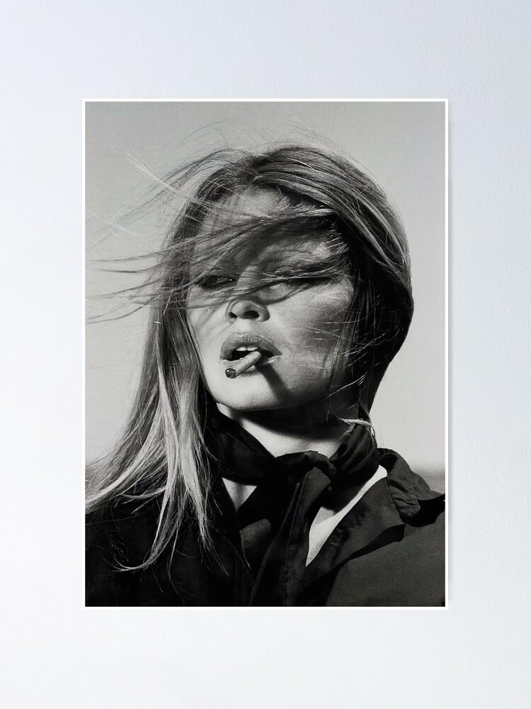 Alternative Ansicht von Brigitte Bardot Rauchen Poster
