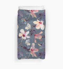 Funda nórdica Mariposas y flores de hibisco - un patrón pintado