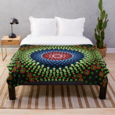Roses and bluebell circle mandala Throw Blanket