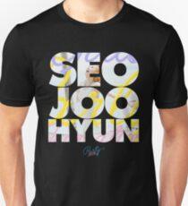 Girls' Generation (SNSD) Seohyun 'Party' Unisex T-Shirt