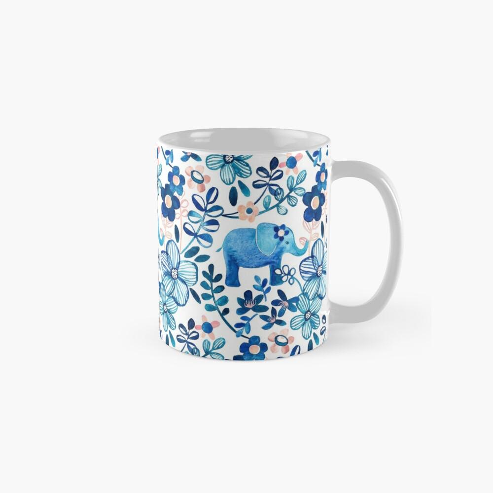 Rosa, weißer und blauer Elefant und Blumenaquarell-Muster erröten Tasse