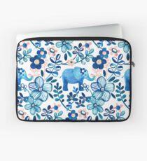 Rosa, weißer und blauer Elefant und Blumenaquarell-Muster erröten Laptoptasche