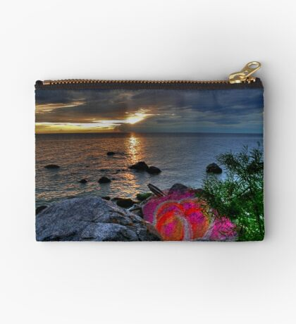 PAINTED ROCK COVE  Studio Pouch