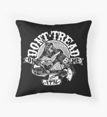 dont tread on me 1776 Throw Pillow