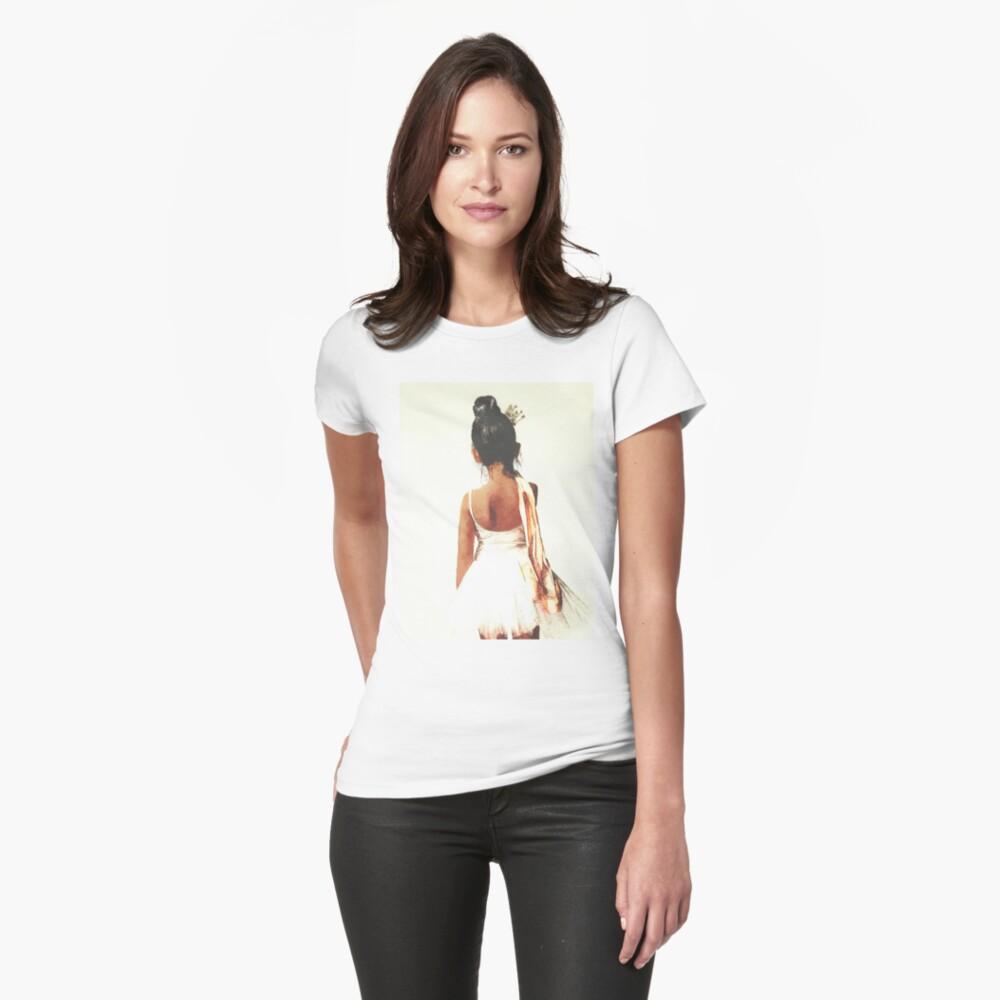 Afroamerikaner-Ballerina Tailliertes T-Shirt