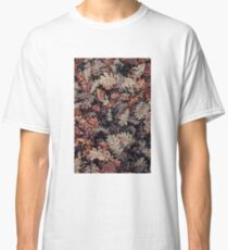 Dried Autumn Leaves - HD Nature Classic T-Shirt