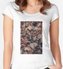 Dried Autumn Leaves - HD Nature Fitted Scoop T-Shirt