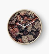 Dried Autumn Leaves - HD Nature Clock