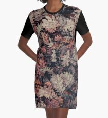 Dried Autumn Leaves - HD Nature Graphic T-Shirt Dress