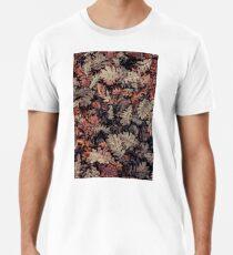Dried Autumn Leaves - HD Nature Premium T-Shirt
