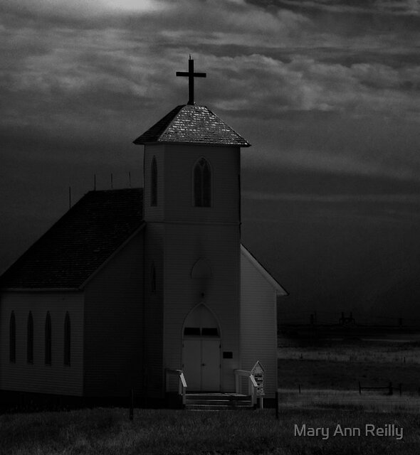 Waiting for Thunder by Mary Ann Reilly