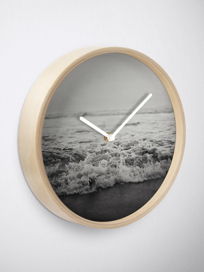 Alternate view of Ocean Crash Clock