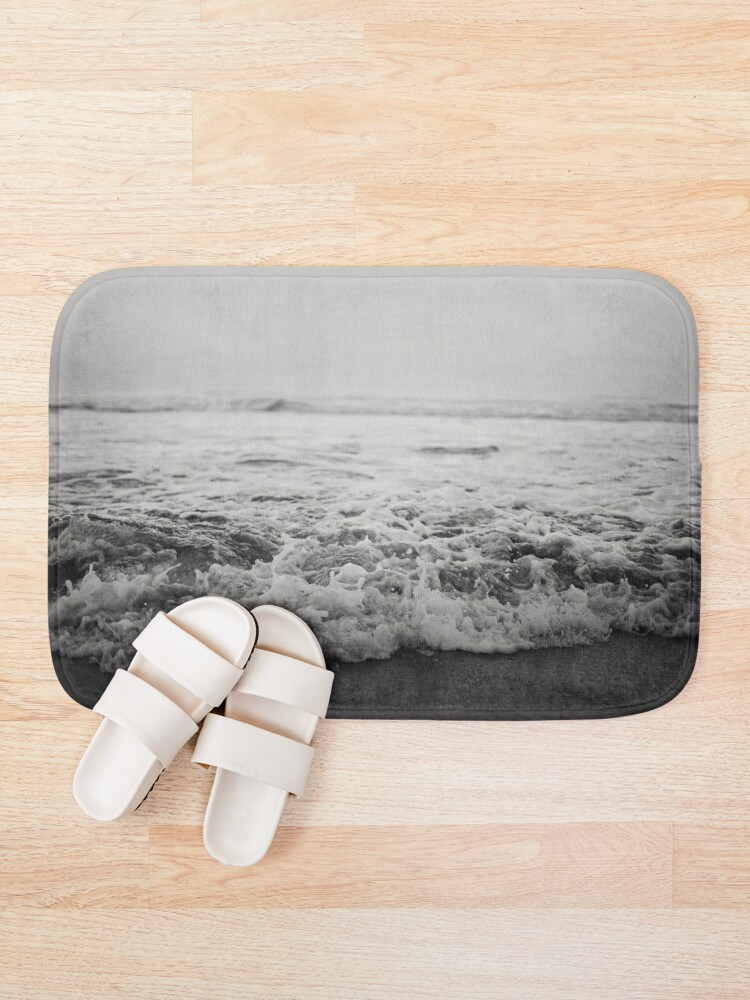 Alternate view of Ocean Crash Bath Mat