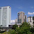 Warszawski Hilton i Platinum Towers by Lukasz Godlewski