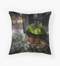 Respire I Throw Pillow