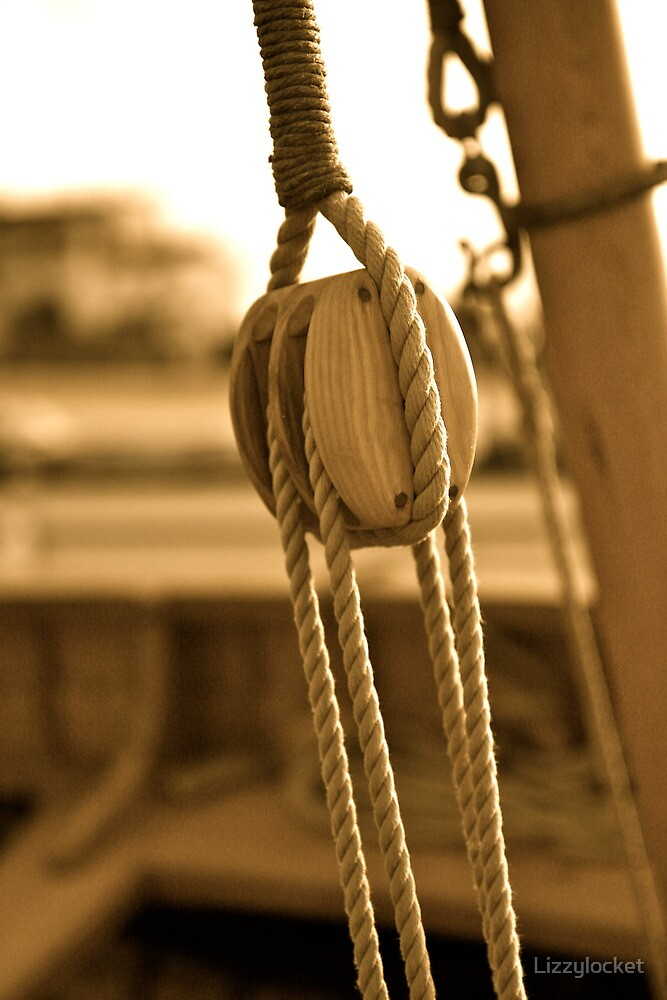 Sail Pulley by Lizzylocket