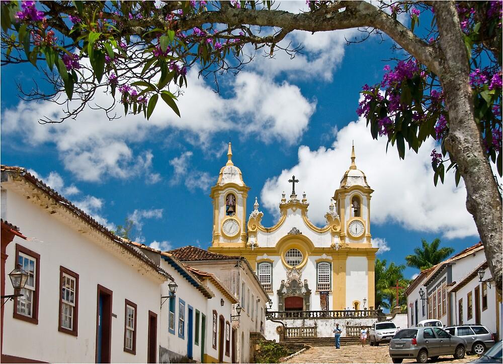 Tiradentes, Minas Gerais, Brasil by Quasebart