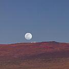 Vollmond über Mauna Kea 2. von Alex Preiss