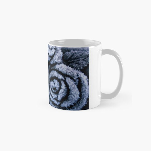 Frosted Roses Classic Mug
