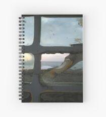 Cuaderno de espiral Please Enlarge. Broken window ocean view
